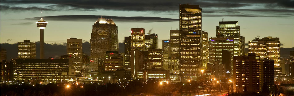 BROWN, DAVID P./WEBIMAGES: Calgary_City_Dusk_3_hiIII.jpg